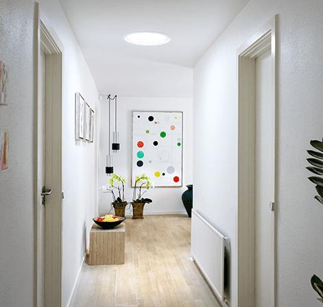 Så meget ekstra lys giver en Velux lystunnel i gangen eller entreen