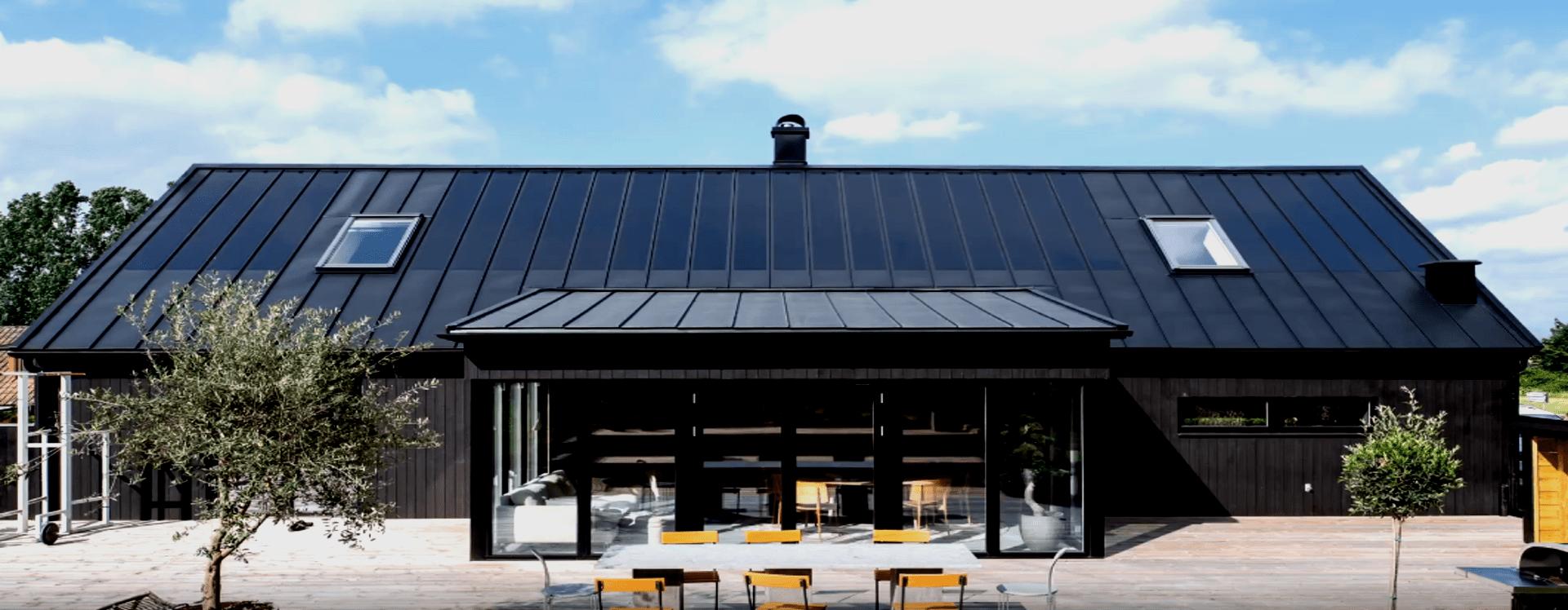 Lindab SolarRoof - Integrerede Solceller